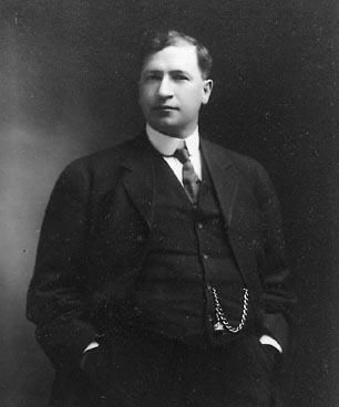 Alexander Grant MacKay Alberta