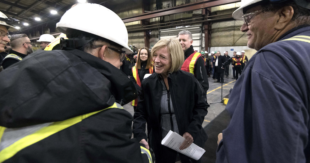 Premier Rachel Notley met with steel workers during a tour of the Tenaris Prudential welded pipe mill in Calgary on Feb. 8, 2018. (photography by Chris Schwarz/Government of Alberta)